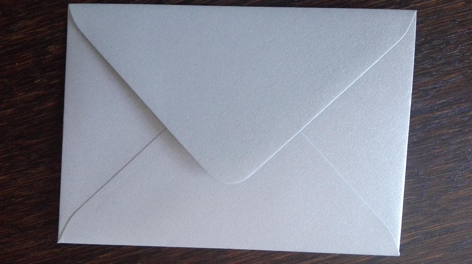 Strieborné obálky na oznámenia - Obrázok č. 1