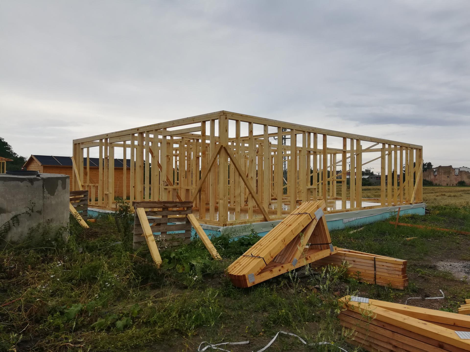 Pomalu začínáme stavět - 11.7.2020