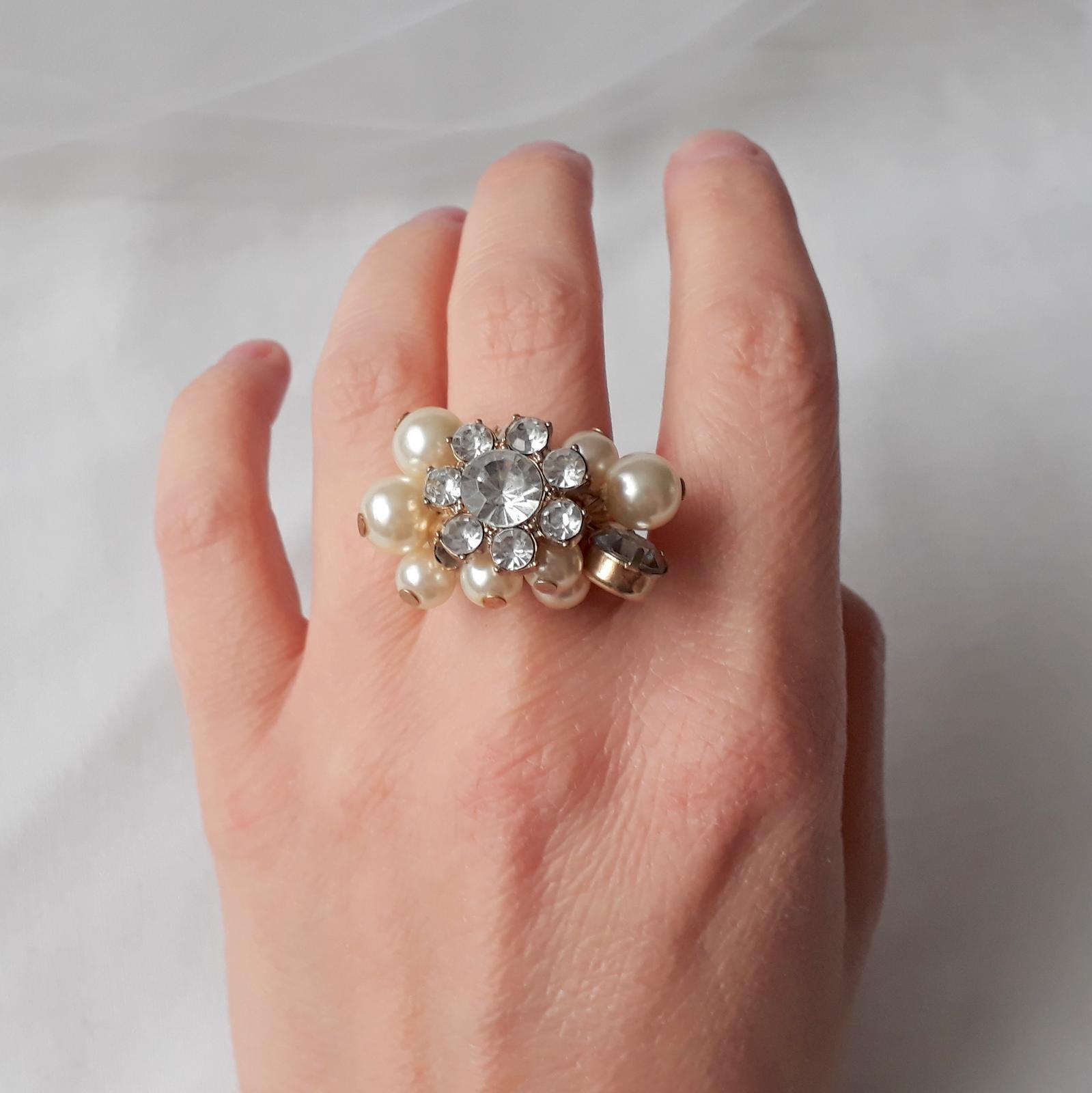 Zlatý prstýnek s perličkami - Obrázek č. 2