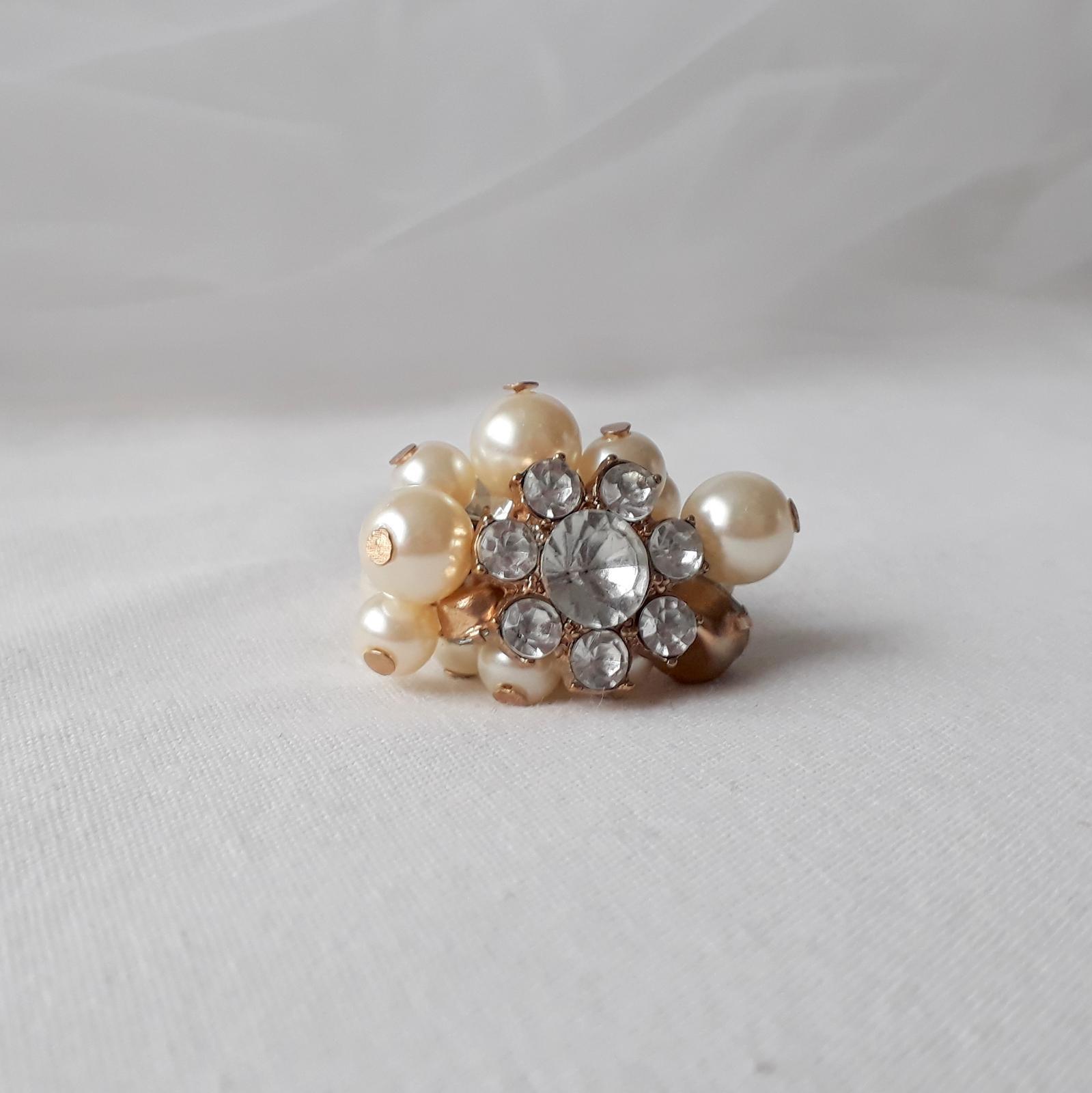 Zlatý prstýnek s perličkami - Obrázek č. 3