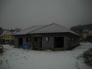 naša hrubá stavba už zimuje a oddychuje