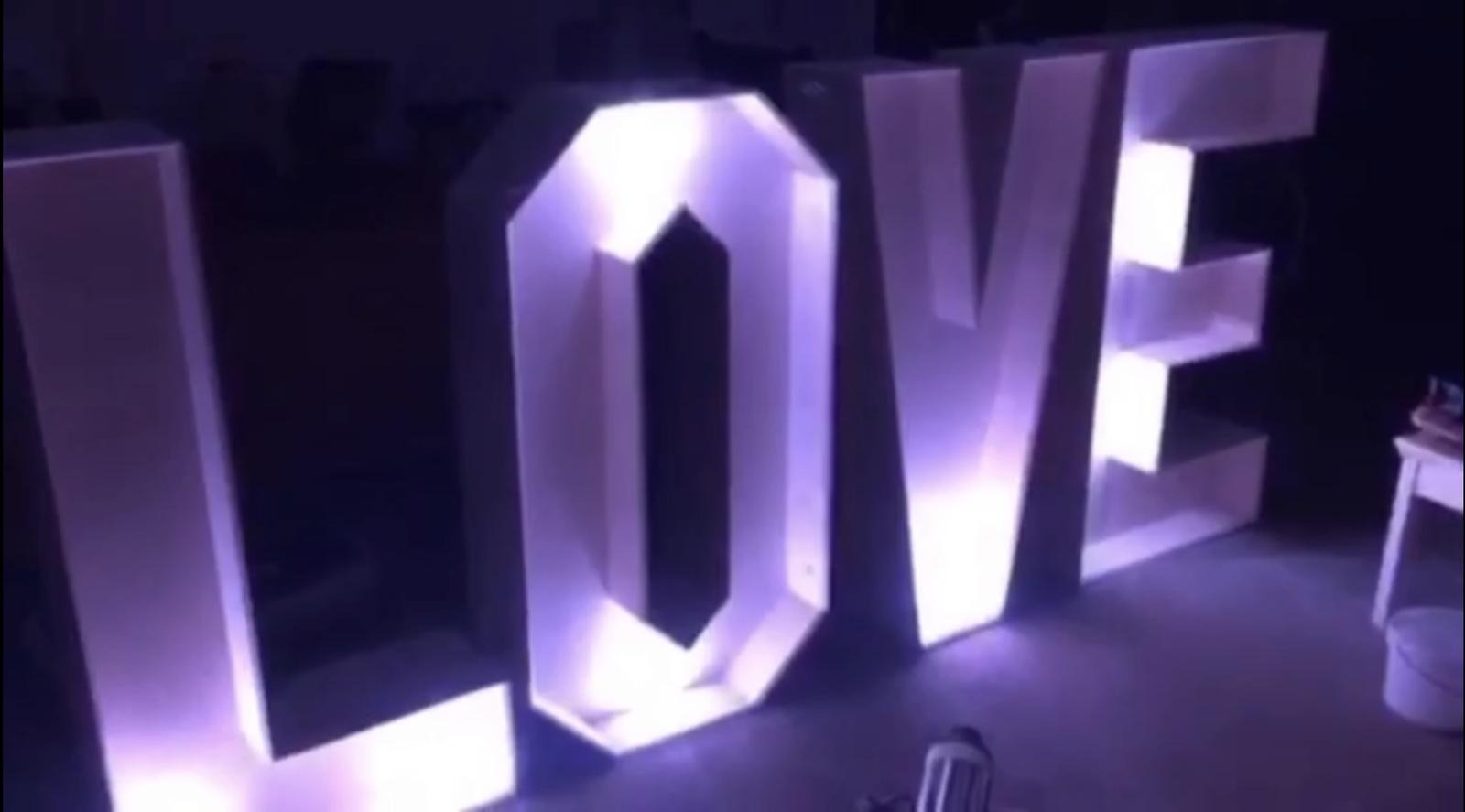 Keď láska žiari... - Obrázok č. 1