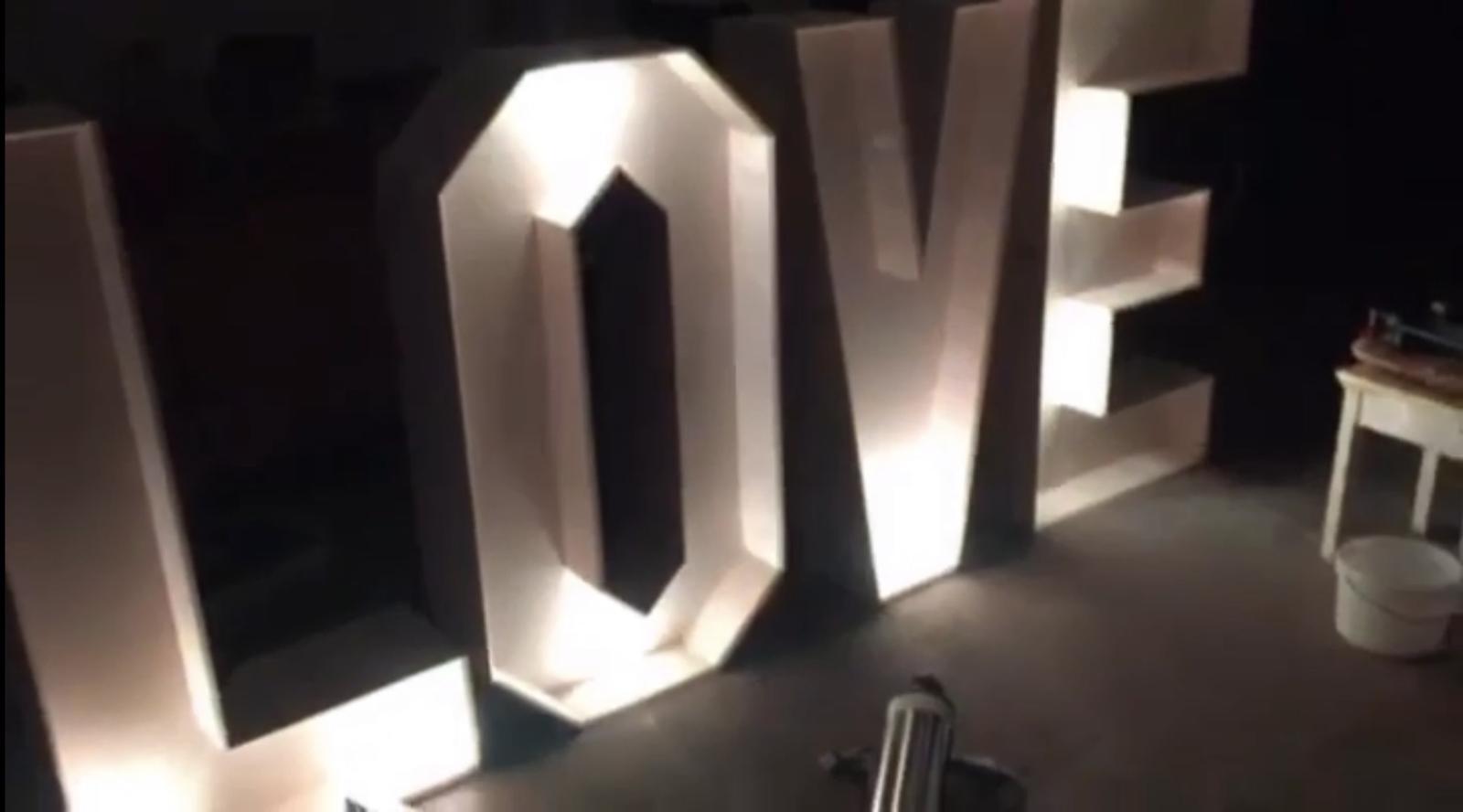 Keď láska žiari... - Obrázok č. 2