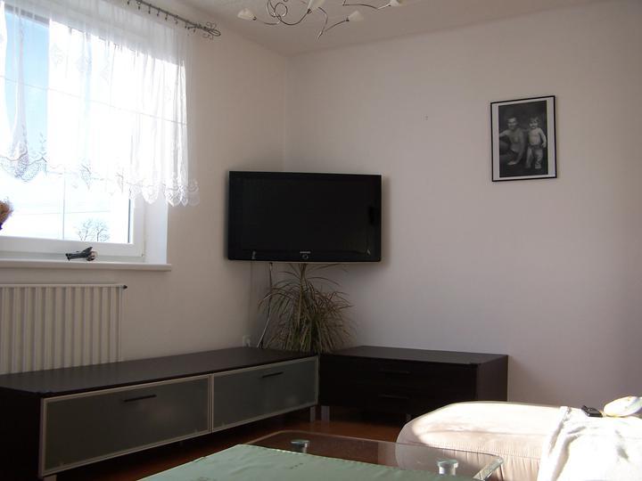 Naše bydlení - a nejsou schované kabely od TV :-(