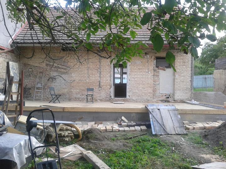 Domeček rekonstruujeme pro rodiče - Obrázek č. 27