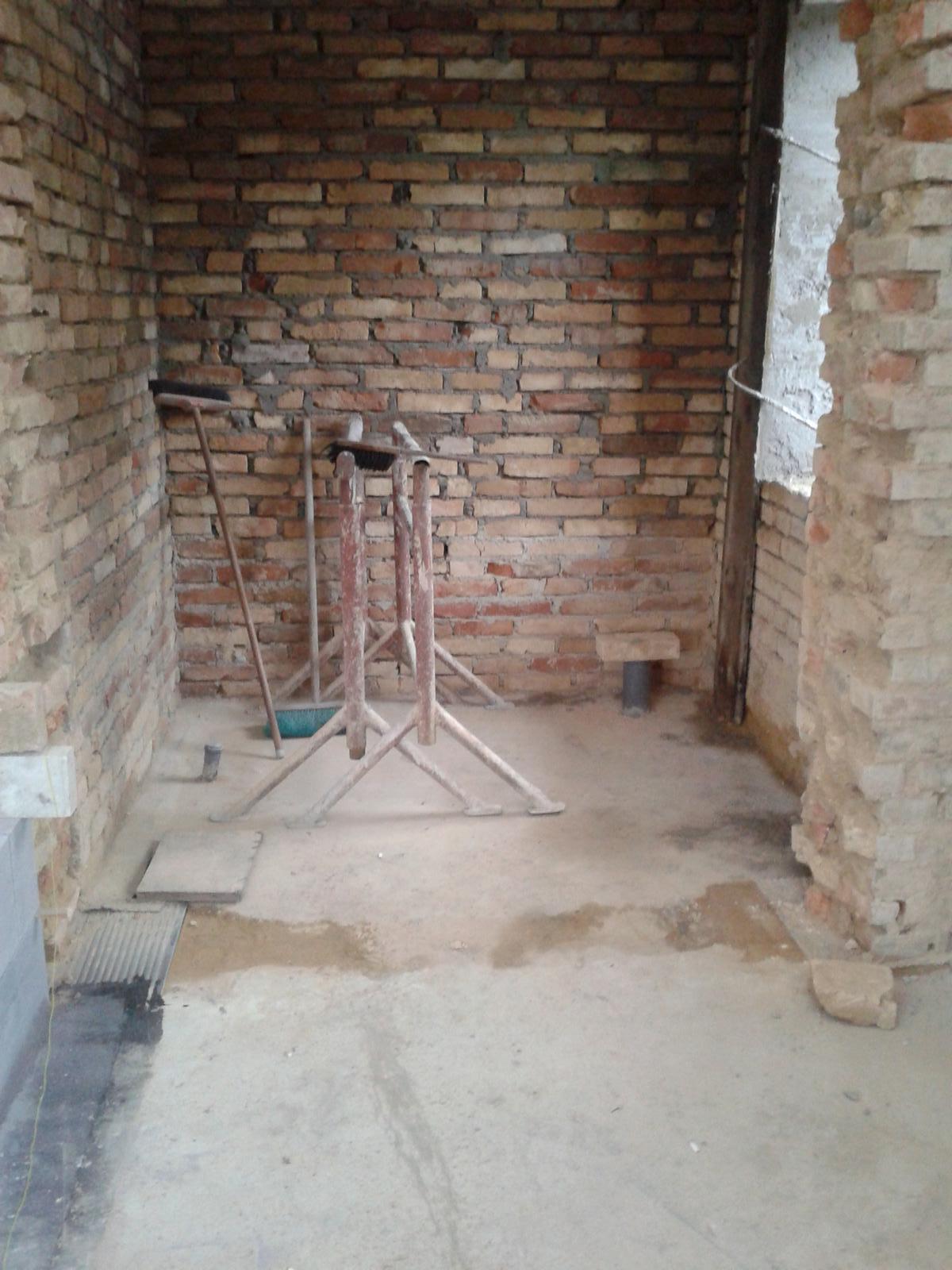 Domeček rekonstruujeme pro rodiče - budoucí koupelna
