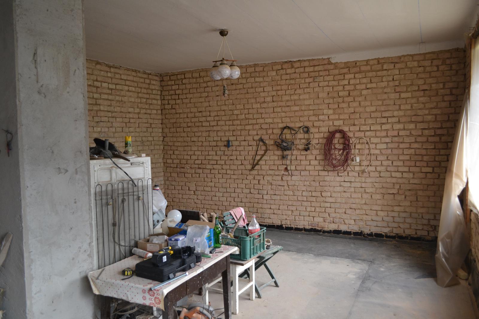 Domeček rekonstruujeme pro rodiče - Obrázek č. 67