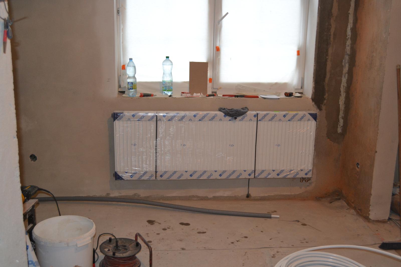 Domeček rekonstruujeme pro rodiče - Topení v obýváku
