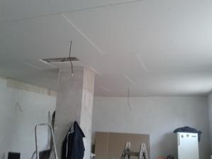 už děláme stropy