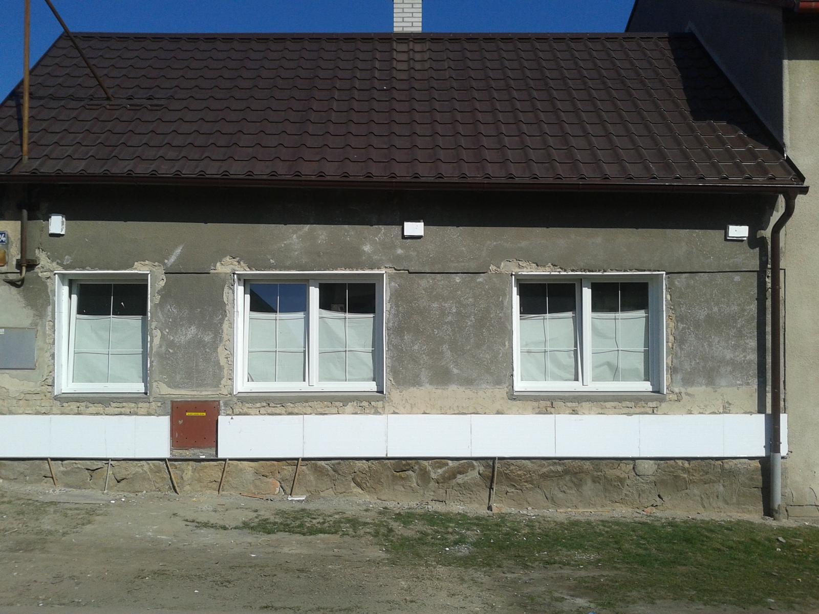 Domeček rekonstruujeme pro rodiče - 12.3. začínáme zateplovat