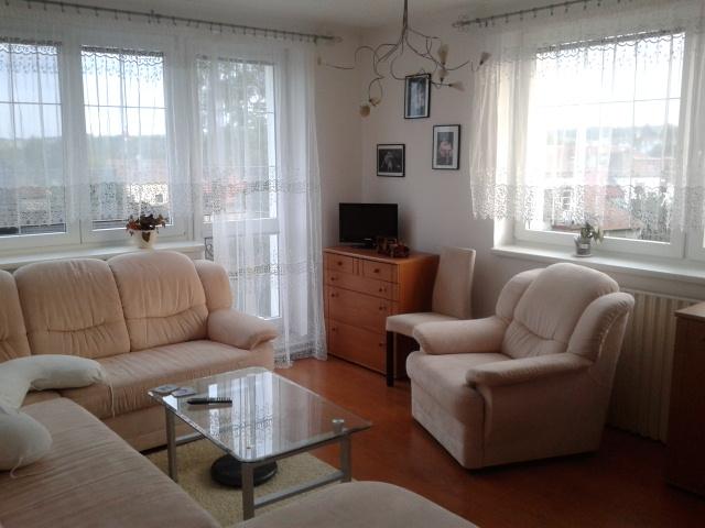 Rekostrukce našeho bydlení - prozatímní obyvak a pokoj pro hosty