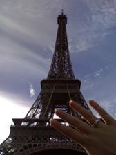 Budou to už dva roky co jsem byla pod Eifelovkou požádaná o ruku...