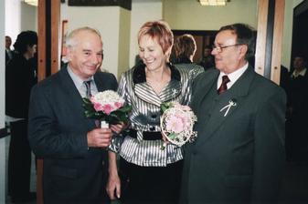 Strýc Vlastík, maminka nevěsty, strýc Štěpa