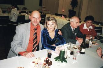 Zábava (sestřenice Miladka s manželem Petrem, strýs Vlastík a teta Liduška)