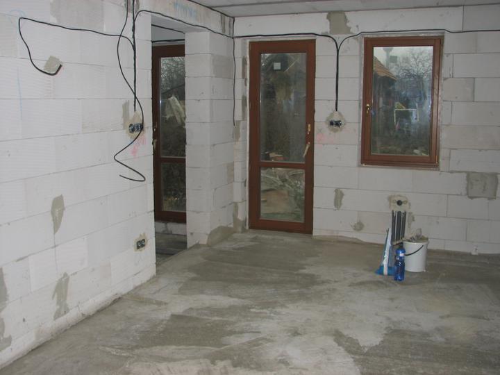 Dom(-ov) - Zabetónované podlahy - november 2009