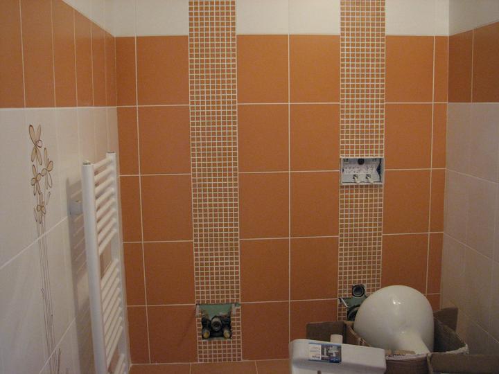 Dom(-ov) - WC v podkroví