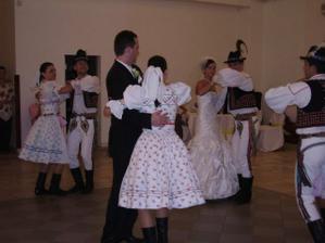 Tanecny subor RASLAVICAN