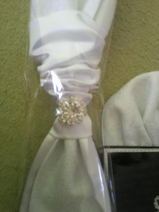 Moja vysnivana... - krasna kravatka pre zenicha :)