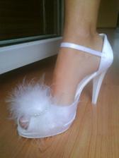 ..na mojej nozke:))
