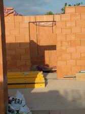 mury su uz vytiahnute, preklady osadene