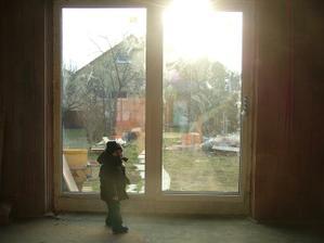 terasové okno v obyvacke