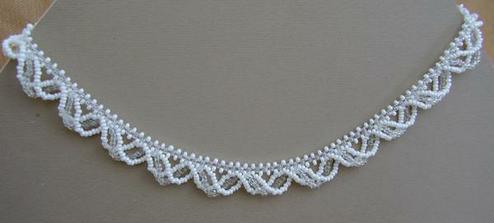 keďže sa roky venujem korálkam, urobím si svadobný náhrdelník sama podľa nejakého z týchto vzorov