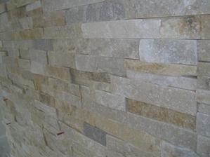 Detail na kameň