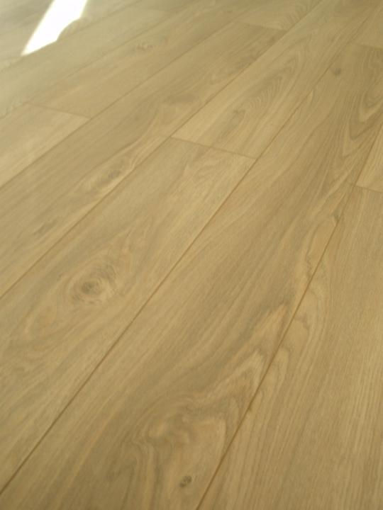 Detail na podlahu