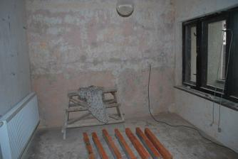 Oskrabane steny