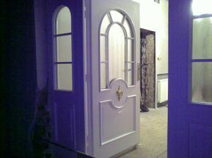 Nase vchodove dvere