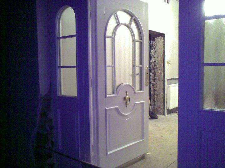 """Naša radosť a """"starosť"""" :) - Nase vchodove dvere"""