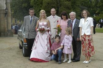 S mou tchýní, bratrem ženicha s rodinou a děda