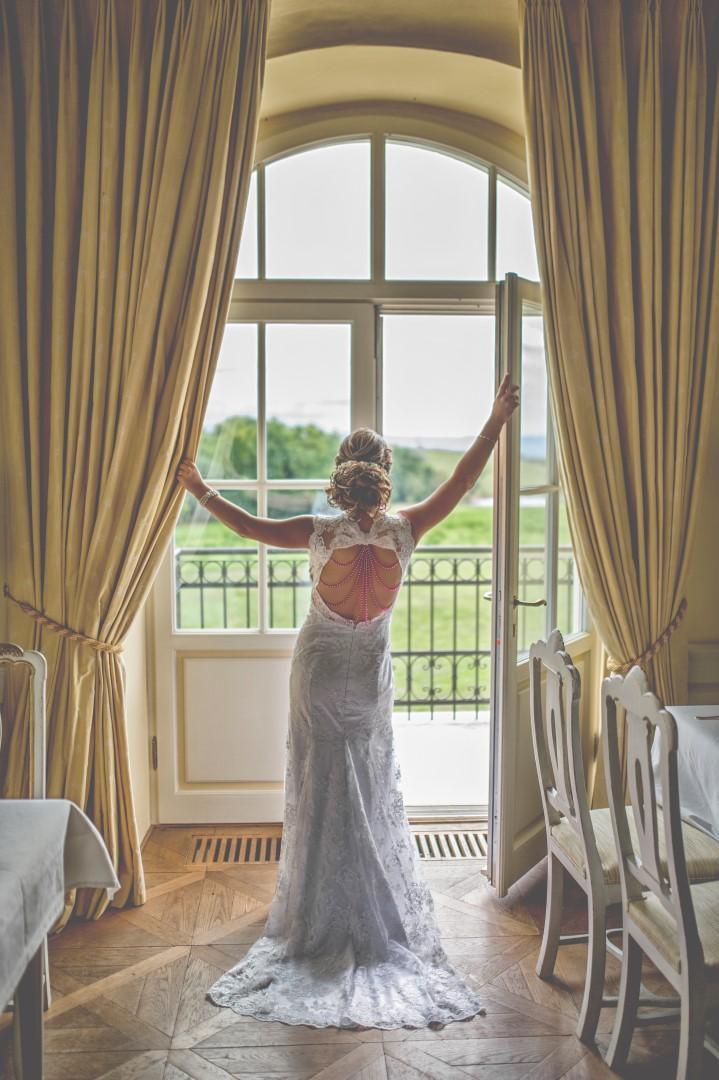 prekrásne šaty - Obrázok č. 1