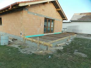 ...skoro hotova terasa... :)