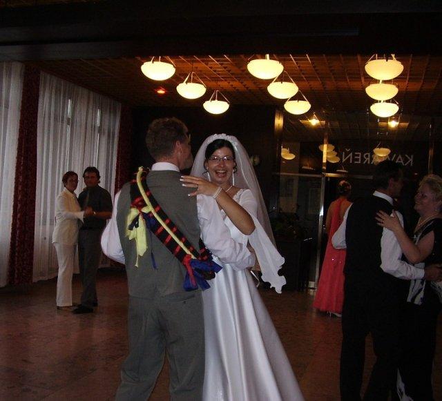Monika Matejová{{_AND_}}Dušan Gemerský - tanec s chomútom