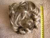 Vlasový příčes na skřipci,