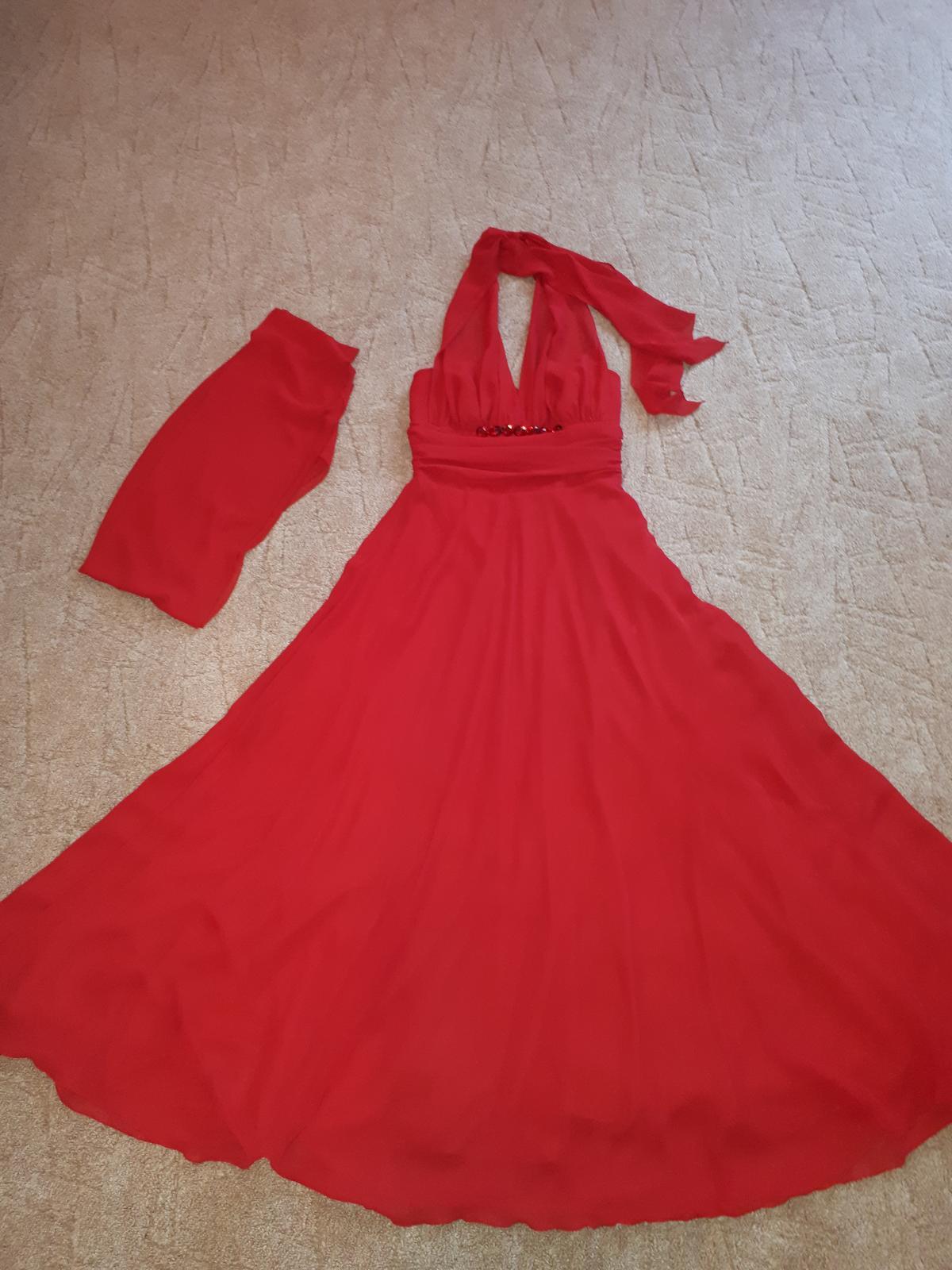 Červené spoločenské šaty - Obrázok č. 2