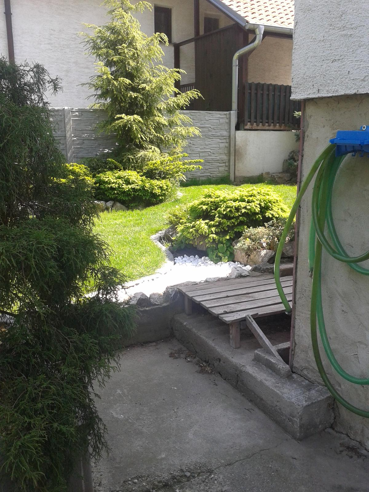 U babky na záhrade - Obrázok č. 7