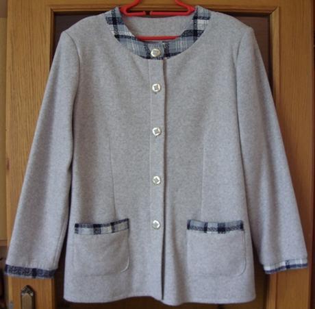 Sukňový kostým šedá kocka       - Obrázok č. 1