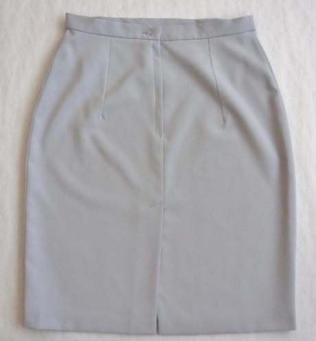 Sukňový  kostým šedý    - Obrázok č. 3