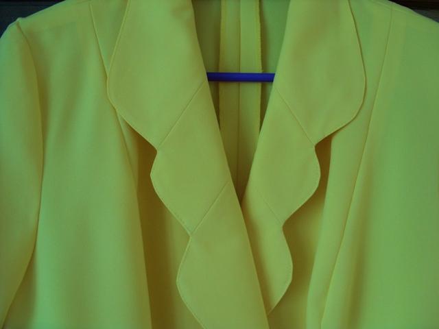 Sukňový kostým žltý - Obrázok č. 2