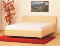 naša posteľ..