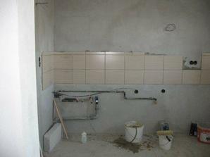 komplet nová voda a elektrika v kuchyni..už obkladáme :)