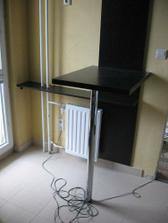 stôl..nový menší radiator