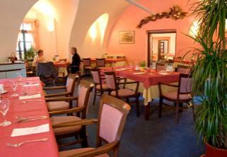 zde bude hostina - zámecká restaurace ve Zlíně