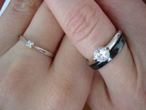 I má kolegyňka z práce se bude v  září vdávat.... a to jsou naše zásnubáky :-)