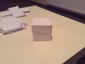 Krabička na mandličky ;)
