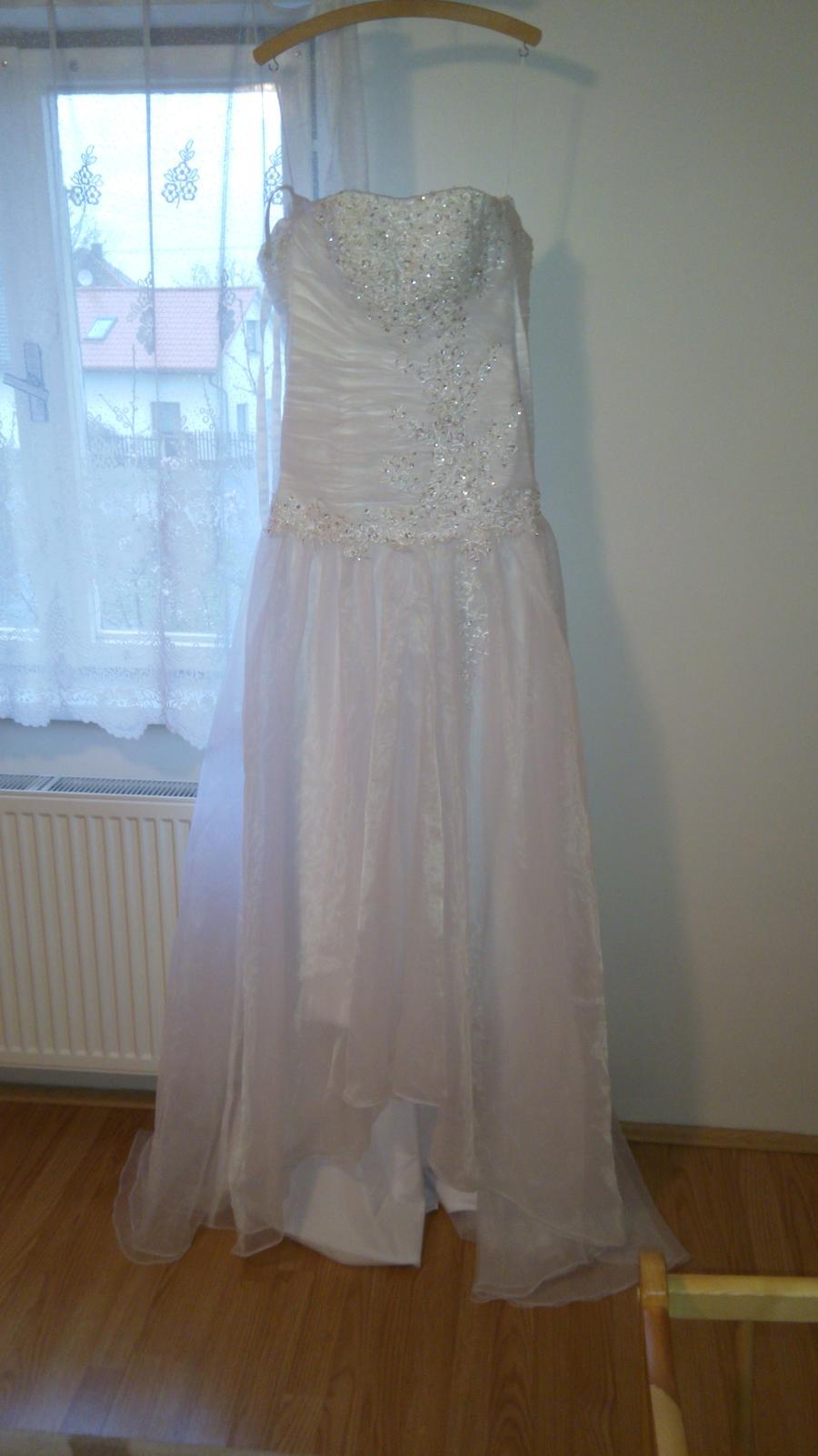 bílé svatební šaty s vlečkou (vel.36-38) - Obrázek č. 1