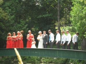 bridesmaids (svatba v USA vzdálené sestřenice)