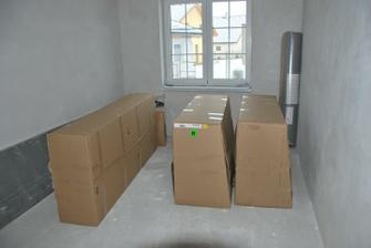 zbytek krabic z ikei... zabrány 2 pokoje
